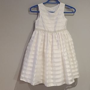 White dressy special occasion dress size 7